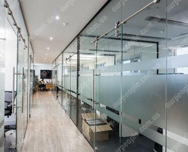 Тонировка матовой пленкой офисных стекол и перегородок